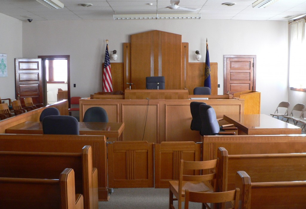 Knox_County_Courthouse_(Nebraska)_courtroom_1